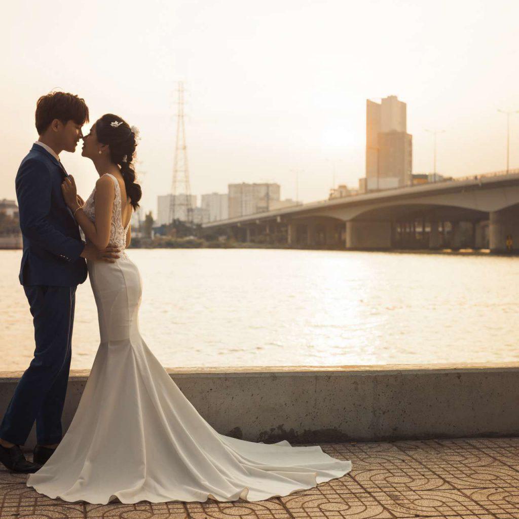 Chụp ảnh cưới nên tạo dáng như thế nào thì đẹp - hình ảnh 3