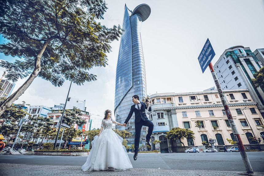 Ảnh cưới chụp tại Bitexco