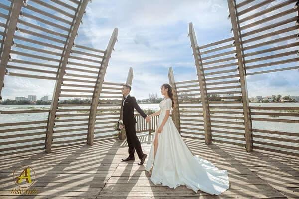 Gói chụp ảnh cưới phim trường tại TPHCM của Ahihi Studio - hình ảnh 1