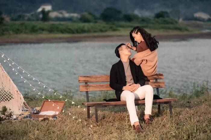 Ảnh cưới chụp ở Đà Nẵng ngỡ như đồng quê châu Âu - Ảnh 12