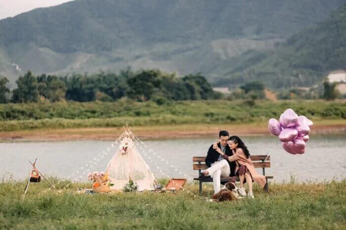 Ảnh cưới chụp ở Đà Nẵng ngỡ như đồng quê châu Âu - Ảnh 9
