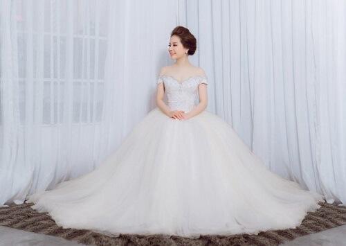 3 địa chỉ mua áo cưới giá rẻ tại TPHCM đẹp mà chất - hình ảnh 7