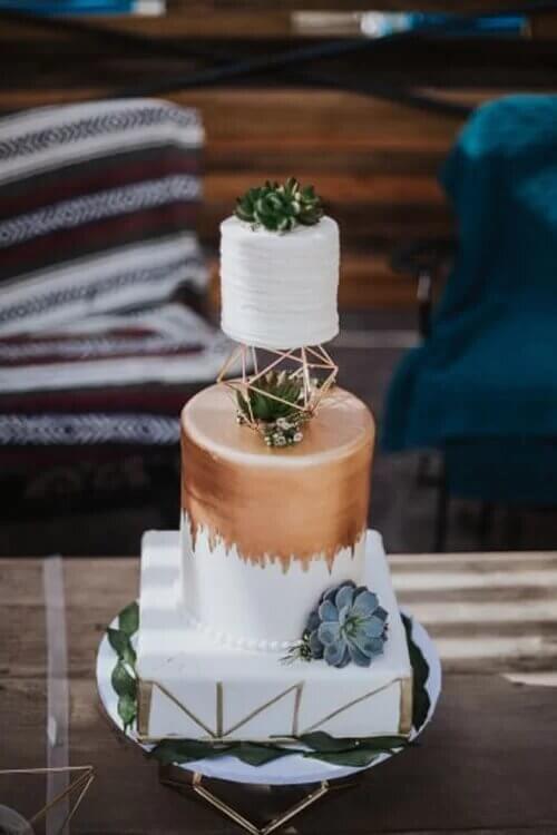 6 mẫu bánh cưới độc đáo cho năm 2019 - hình ảnh 4