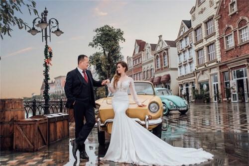 Ảnh cưới mang phong cách cổ điển ở Công viên châu Á - hình ảnh 3