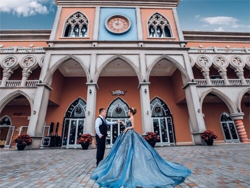 Ảnh cưới mang phong cách cổ điển ở Công viên châu Á - hình ảnh 5