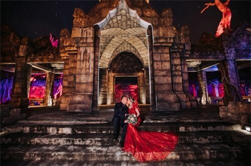 Ảnh cưới mang phong cách cổ điển ở Công viên châu Á - hình ảnh 9