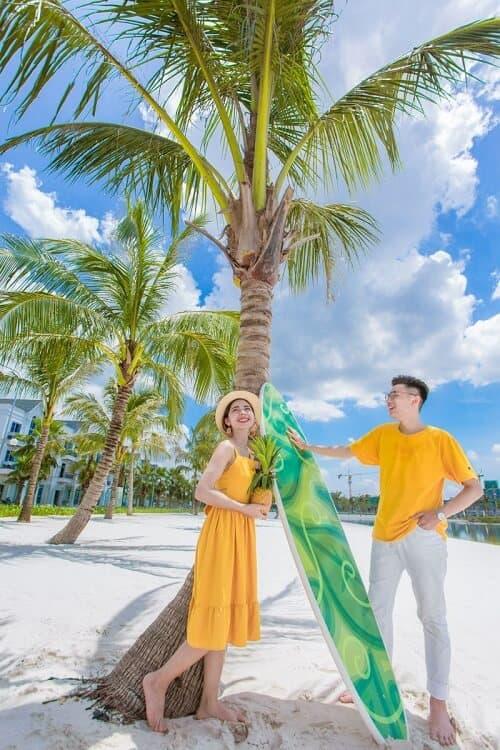 """Biển Vinhomes Ocean Park: Điểm chụp ảnh cưới """"chất lừ"""" của các cặp đôi - hình ảnh 11"""