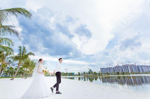"""Biển Vinhomes Ocean Park: Điểm chụp ảnh cưới """"chất lừ"""" của các cặp đôi - hình ảnh 5"""
