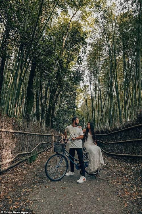 Cặp đôi chịu chơi nhất hành tinh: Đi du lịch vòng quanh thế giới để chụp ảnh cưới và sống lại ngày hạnh phúc nhất - hình ảnh 12