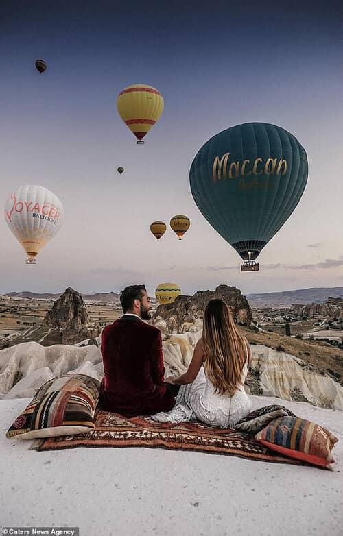 Cặp đôi chịu chơi nhất hành tinh: Đi du lịch vòng quanh thế giới để chụp ảnh cưới và sống lại ngày hạnh phúc nhất - hình ảnh 8