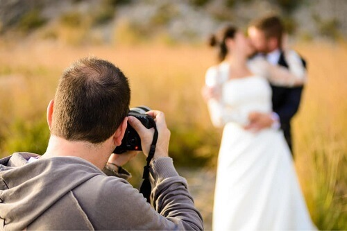 Có Nên Chọn Các Gói Chụp ảnh Cưới Giá Rẻ?
