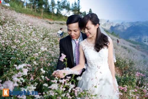 Lên Hà Giang chụp ảnh cưới cùng tam giác mạch - hình ảnh 5