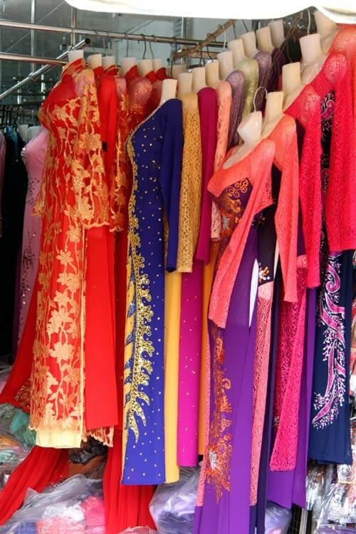 Mua váy cưới ở đâu rẻ và đẹp tại TPHCM - hình ảnh 2