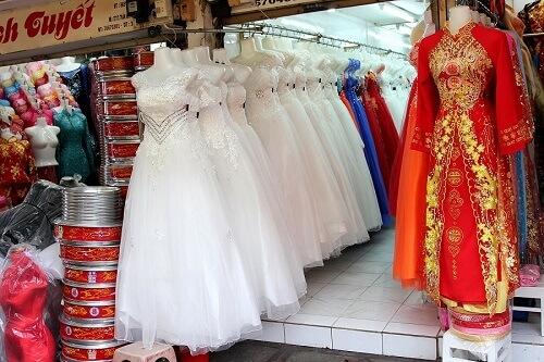 Mua váy cưới ở đâu rẻ và đẹp tại TPHCM - hình ảnh 3