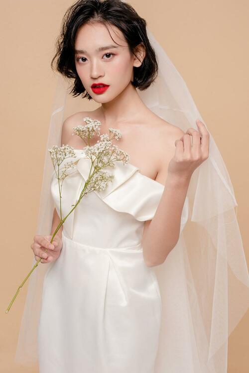 Năm 2019, khẳng định trang điểm trong suốt luôn là xu hướng được các cô dâu yêu thích - hình ảnh 15