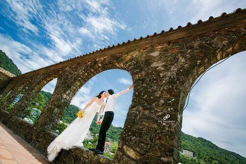 Ngất ngây với địa điểm chụp ảnh cưới đẹp ngỡ như trời Tây - hình ảnh 3