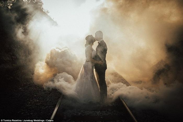 Những bức ảnh cưới ấn tượng nhất thế giới 2018 - hình ảnh 20