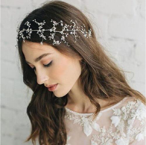 Top 10 kiểu tóc cô dâu đẹp nhất 2019 cho ngày cưới thêm hoàn hảo - hình ảnh 5