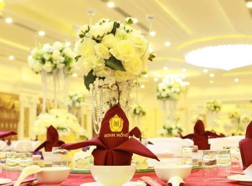 Top 15 Nhà hàng tiệc cưới sang trọng giá rẻ tại TPHCM - hình ảnh 14