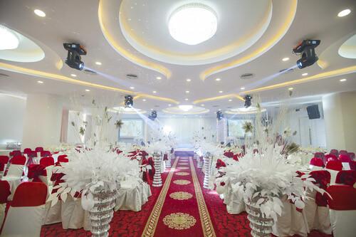 Top 15 Nhà hàng tiệc cưới sang trọng giá rẻ tại TPHCM - hình ảnh 2