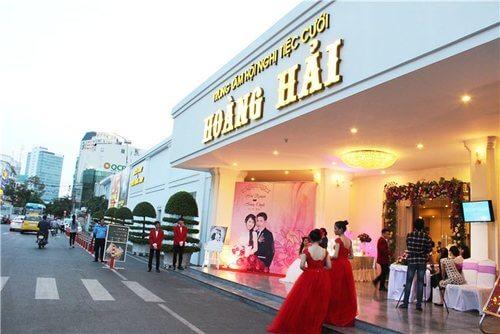 Top 15 Nhà hàng tiệc cưới sang trọng giá rẻ tại TPHCM - hình ảnh 4