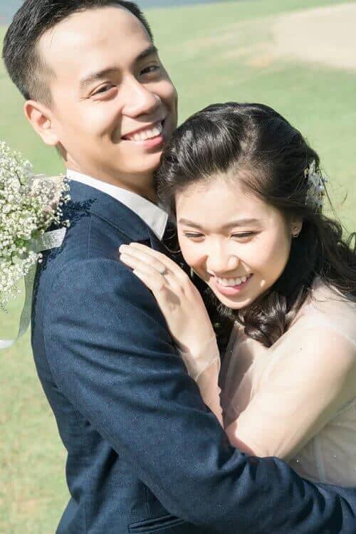 Uyên ương TPHCM chụp ảnh cưới có '1-0-2' ở sân golf - hình ảnh 1