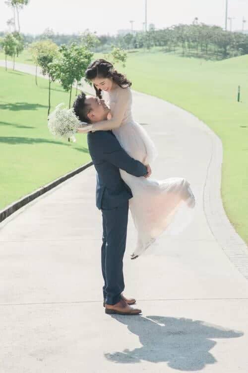 Uyên ương TPHCM chụp ảnh cưới có '1-0-2' ở sân golf - hình ảnh 16