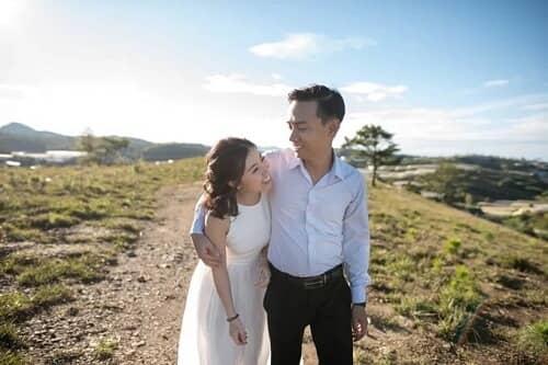 Uyên ương TPHCM chụp ảnh cưới có '1-0-2' ở sân golf - hình ảnh 21
