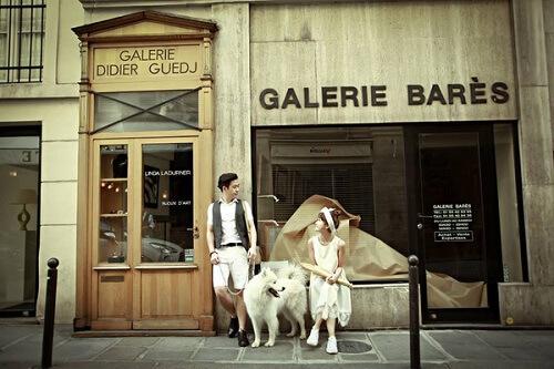 Cặp đôi lang thang khắp Paris chụp ảnh cưới phong cách đường phố - hình ảnh 11