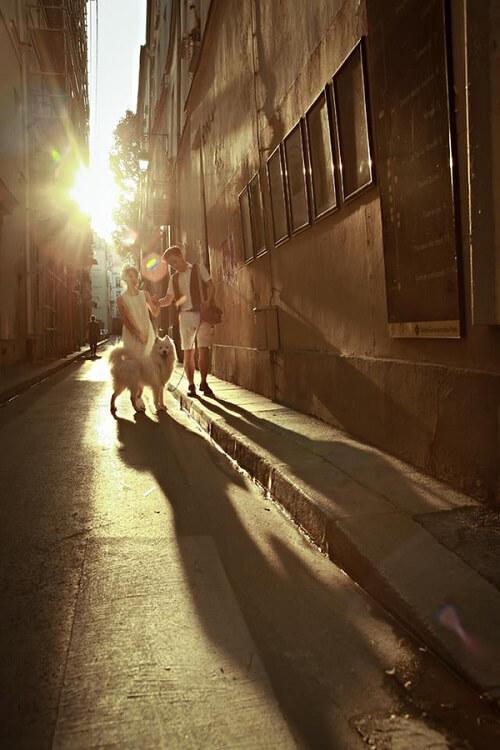 Cặp đôi lang thang khắp Paris chụp ảnh cưới phong cách đường phố - hình ảnh 9