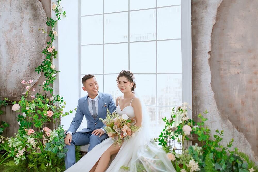 Chụp ảnh cưới phim trường Paris - hình 3