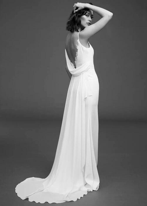 Top 7 xu hướng váy cưới hot nhất năm 2020 - hình ảnh 1