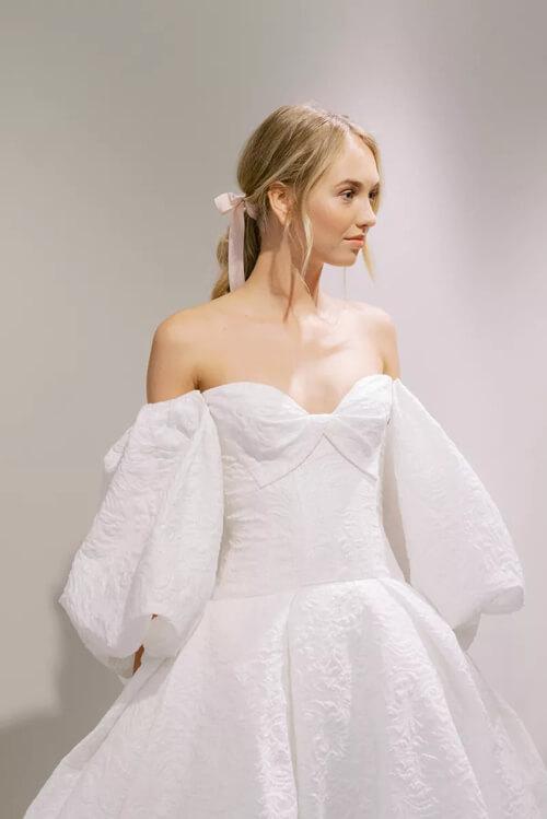 Top 7 xu hướng váy cưới hot nhất năm 2020 - hình ảnh 14