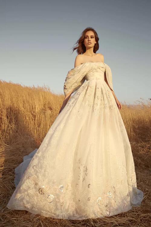 Top 7 xu hướng váy cưới hot nhất năm 2020 - hình ảnh 15