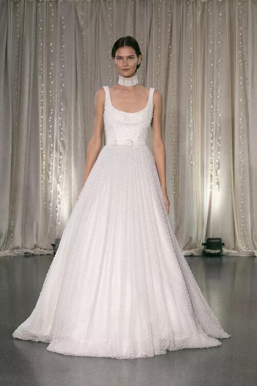 Top 7 xu hướng váy cưới hot nhất năm 2020 - hình ảnh 18