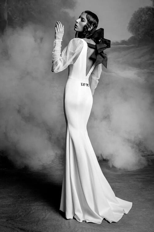 Top 7 xu hướng váy cưới hot nhất năm 2020 - hình ảnh 2