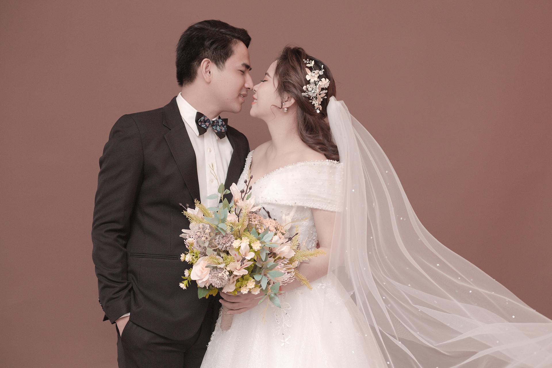 Báo giá chụp ảnh cưới studio Hàn Quốc lộng lẩy